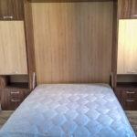 шкаф-кровать в комнате